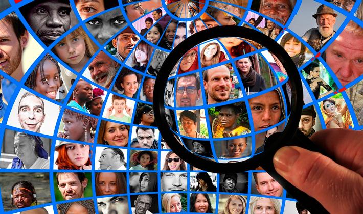 énfasis en participación, ciudadanía y Derechos Humanos